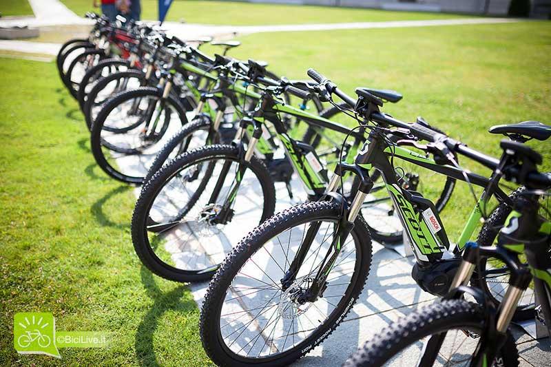 Il parco di mtb elettriche a pedalata assistita Scott per il test