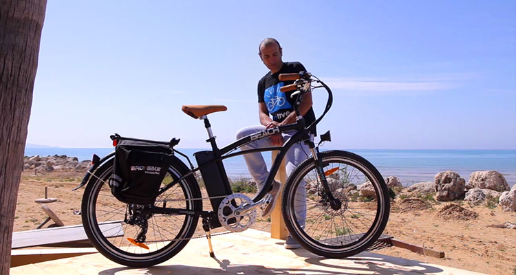 Bici Elettrica Beach La Cruiser Di Bad Bike