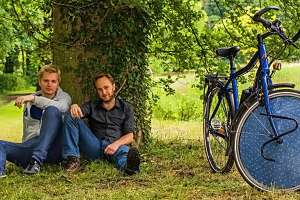 solar-powered-electric-bike-may-be-even-greener-than-a-regular-bicycle222
