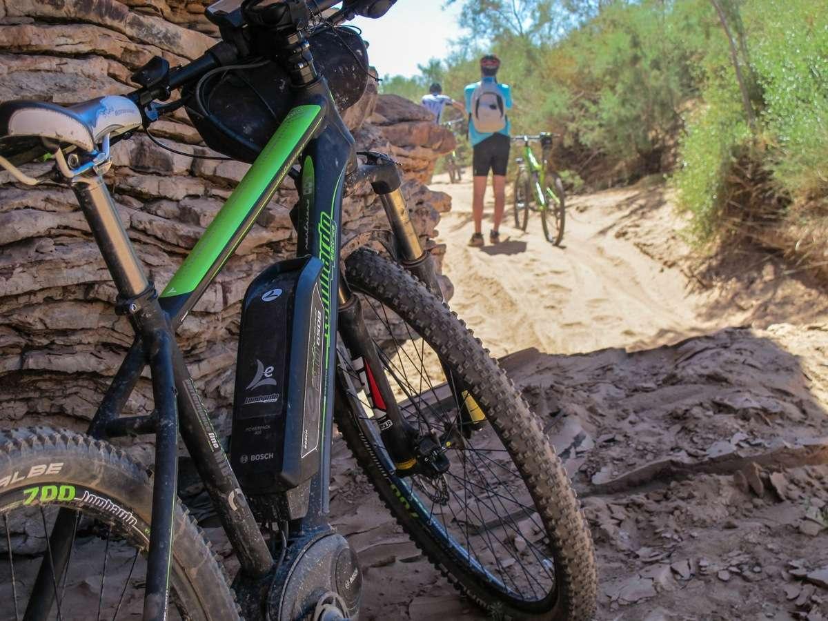 Il canyon prima del deserto, si inizia a spingere sulla sabbia. Foto di Franco Tedesco