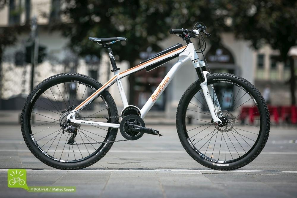 La Steraa, una mountain bike con forcella da 100mm e un peso di soli 16,5 kg