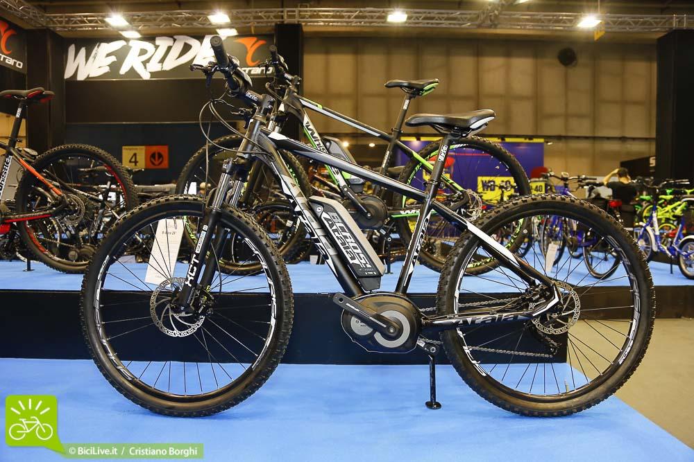 Bici-Elettrica-Atala-B-Cross-Cosmo Bike 2015 Top Ten