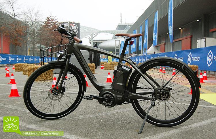 foto della ebike Piaggio wi-bike