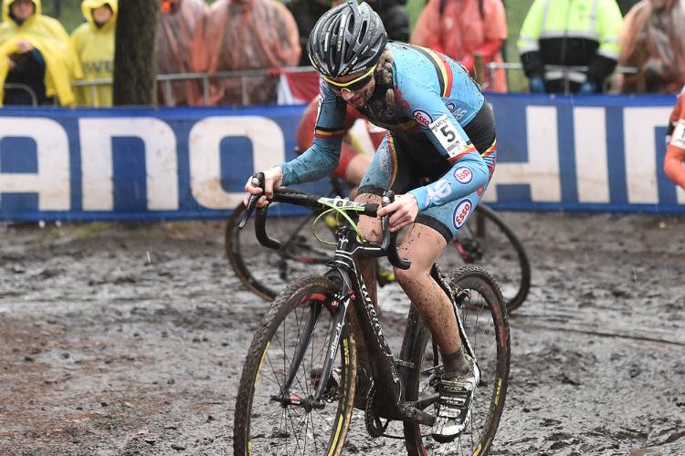 Femke Van den Driessche e il motor doping