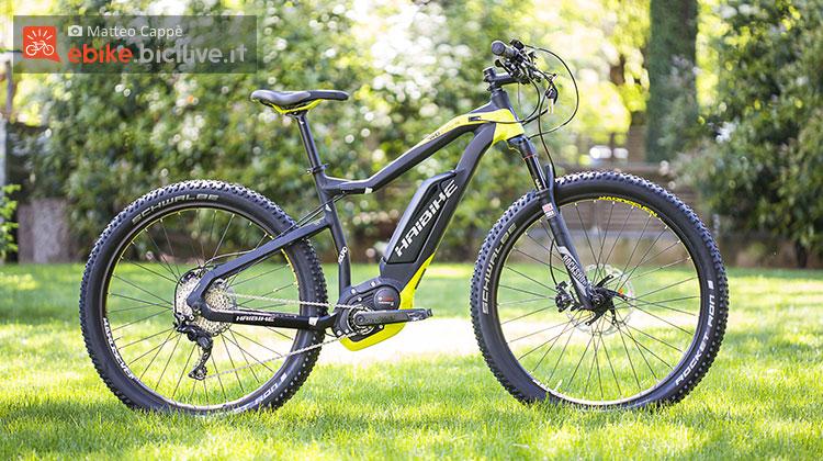 Una bicicletta elettrica a pedalata assistita Haibike Xduro Hardseven+ RX