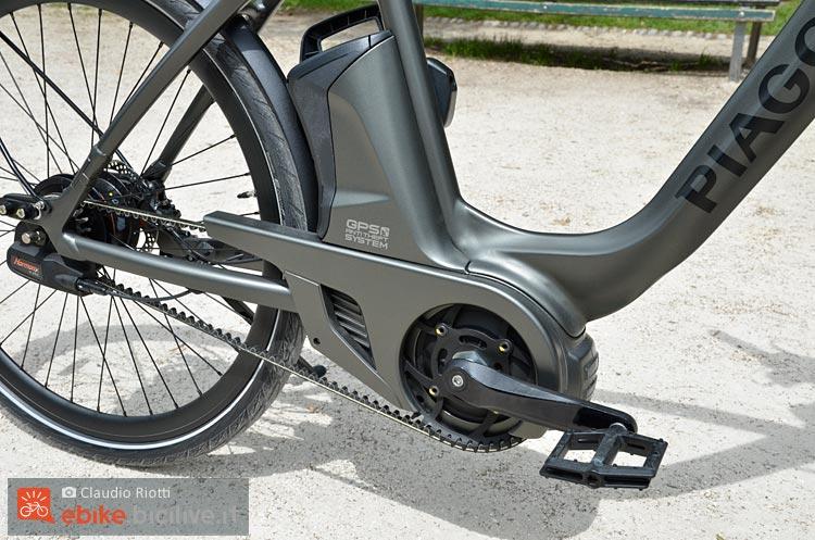 foto del motore della wi bike piaggio