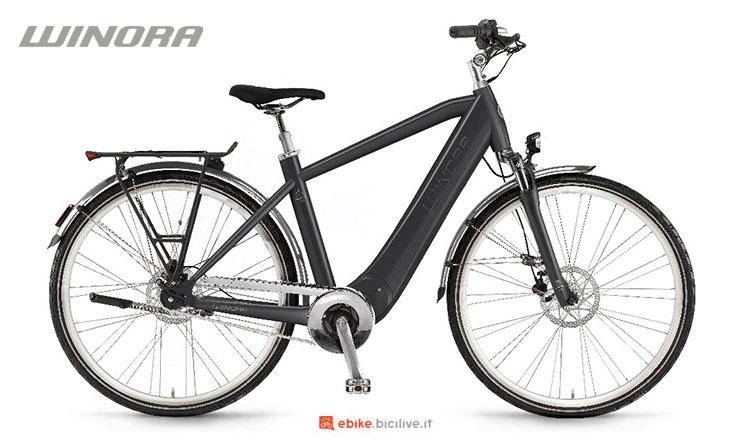 Una bici elettrica Winora Manto M8 2017