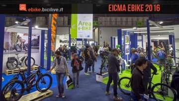 foto della fiera EICMA con l'area ebike dedicata