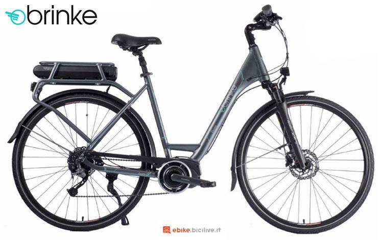 Una bici elettrica 2017 Brinke Élysée 2 Alivio