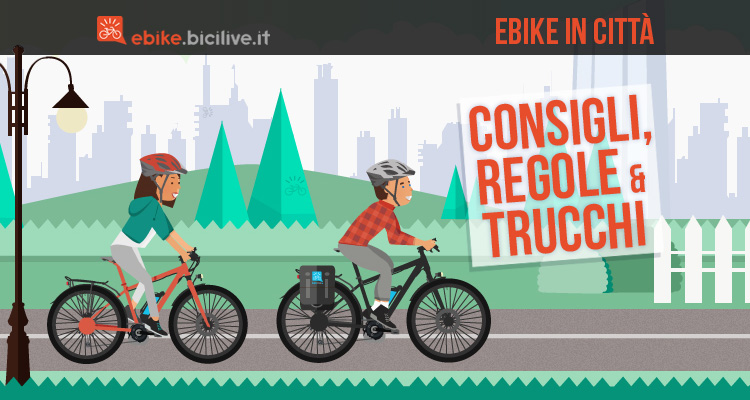 ciclisti pedalano in ebike in città