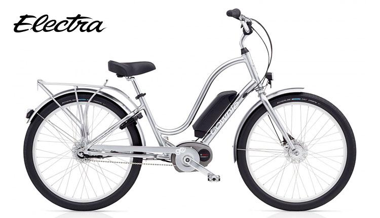 L'ebike Electra Townie Go nel colore argento e telaio da donna