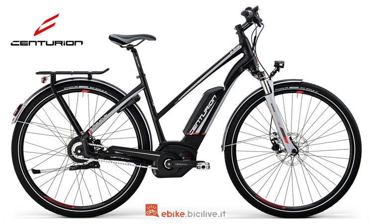 Una bicicletta a pedalata assistita da donna E-Fire Style Tour 510 di Centurion
