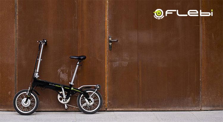 Una bicicletta pieghevole Flebi