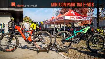 foto delle due ebike Specialized turbo levo e turbo kenevo