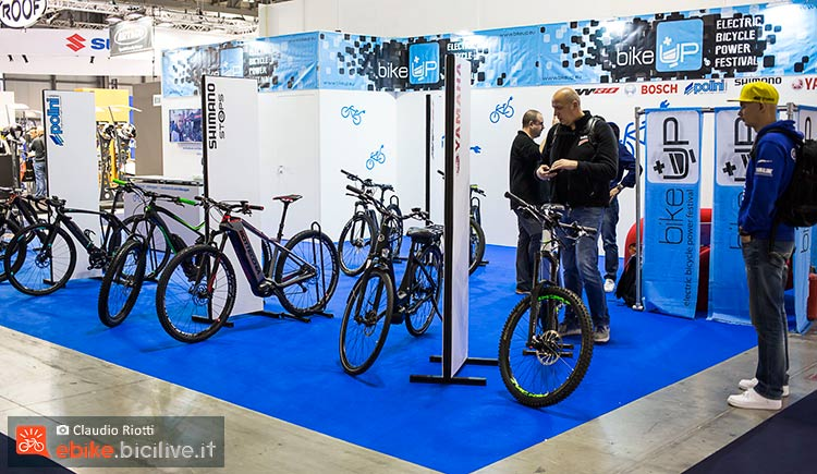 foto dello stand ebike Bike up a EICMA 2017