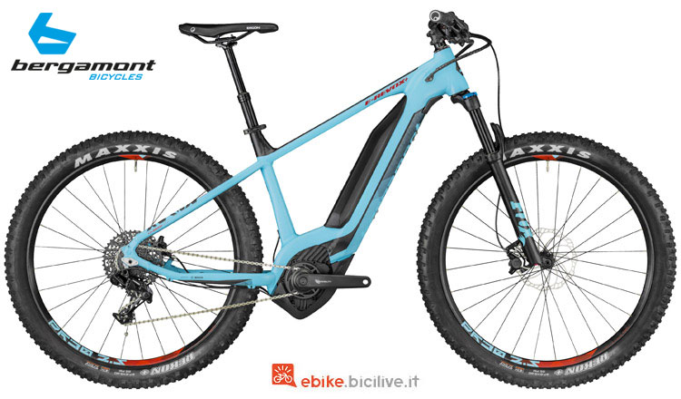 Una mtb a pedalata assistita E-Revox 8.0 Plus