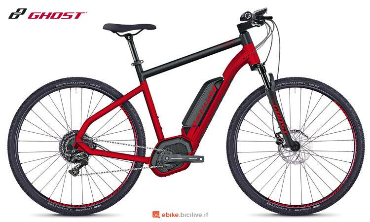 Una bicicletta a pedalata assistita da fuoristrada Ghost Hybride SQUARE Cross B4.9 AL