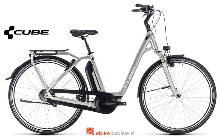 bicicletta a pedalata assistita Cube 2018