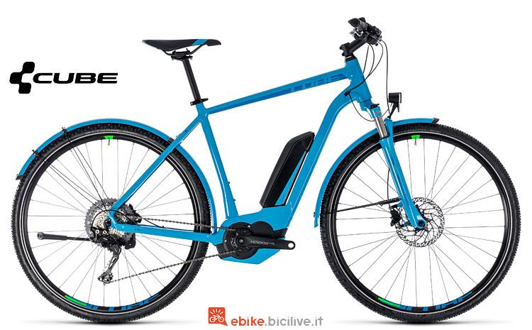 bici elettrica da trekking Cube