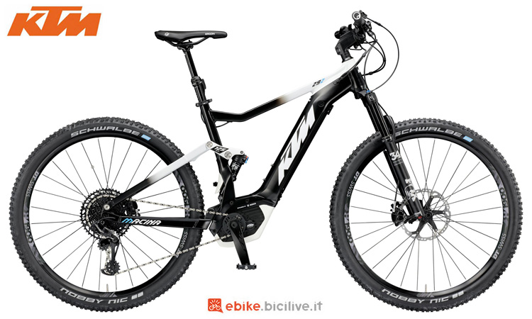 Una mountain bike full suspended KTM Macina Chacana 292 2019