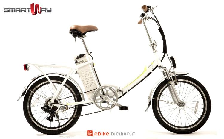 Una bici a pedalata assistita pieghevole SmartWay Bike Pieghevole Unisex F1