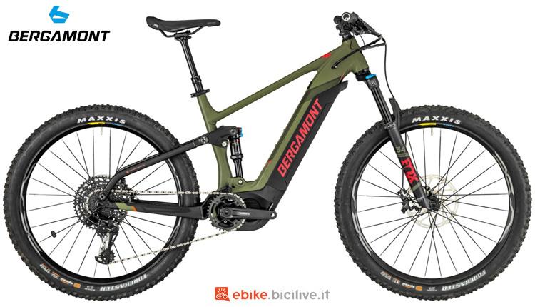 Una mountain bike elettrica Bergamont E-Contrail Expert 27 2019