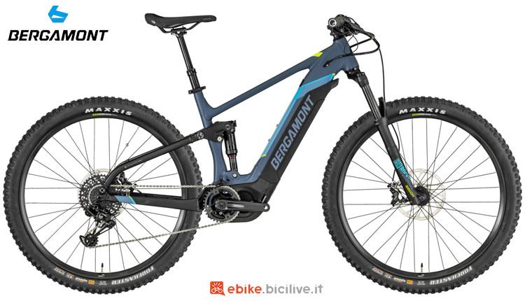 Una bici elettrica a pedalata assistita Bergamont E-Contrail Pro 29 2019