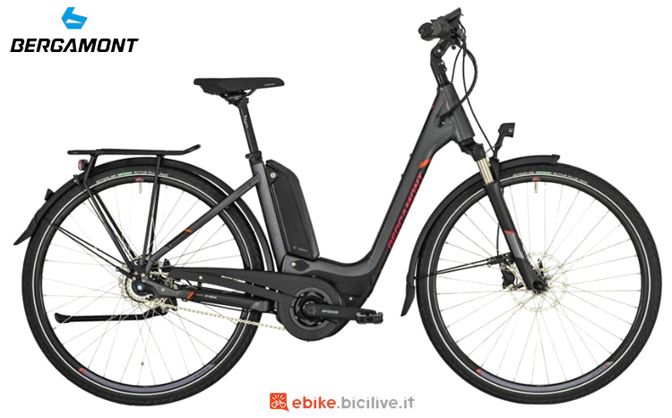 Una bicicletta a predalata assistita Bergamont E-Horizon N8 CB