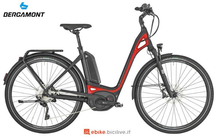 Una bicicletta elettrica Bergamont E-Ville XT