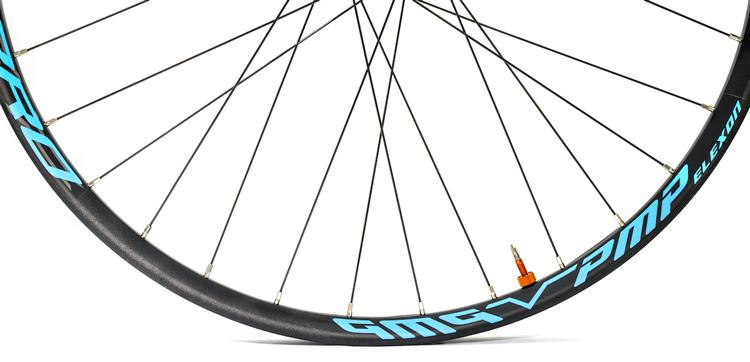Particolare del cerchio delle ruote Elexon Pro s progettare da Noxon PMP bike per le e-bike