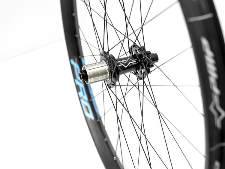 Il mozzo delle ruote Elexon Pro di Noxon PMP
