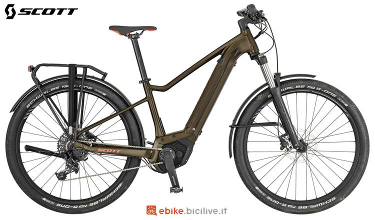 Una bici elettrica da donna Scott Axis eRide 20 Lady 2019