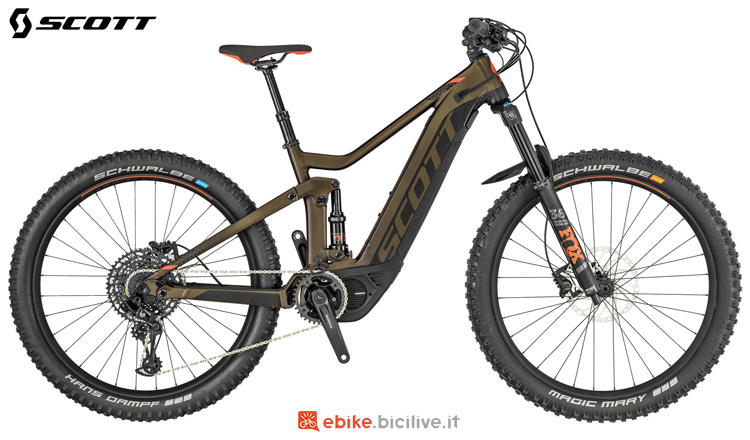 Una mountain bike elettrica da donna Scott Contessa Genius eRide 720