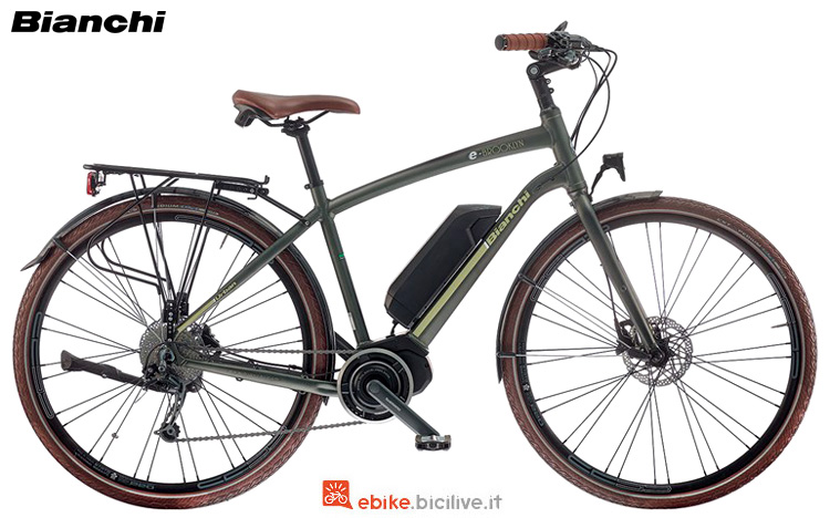 Una city bike elettrica Bianchi Brooklyn Gent