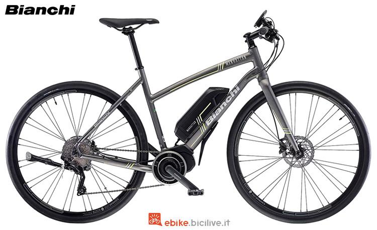 Una bici elettrica sportiva Bianchi Manhattan 2019