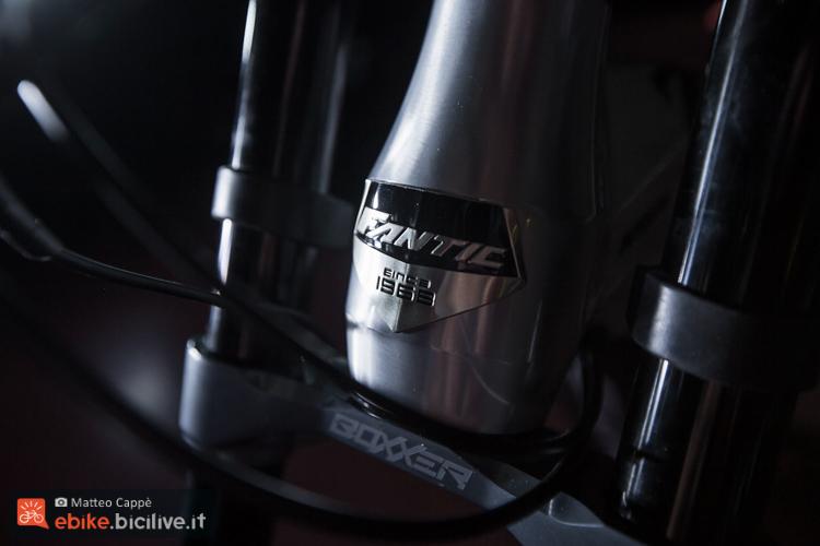 foto della serie sterzo della fanitc xf1 dh 200