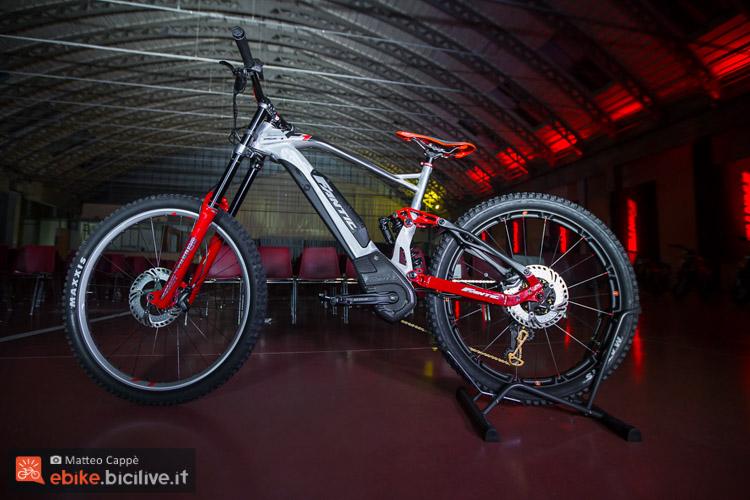 foto della  concept ebike Fantic XF1 DH 200