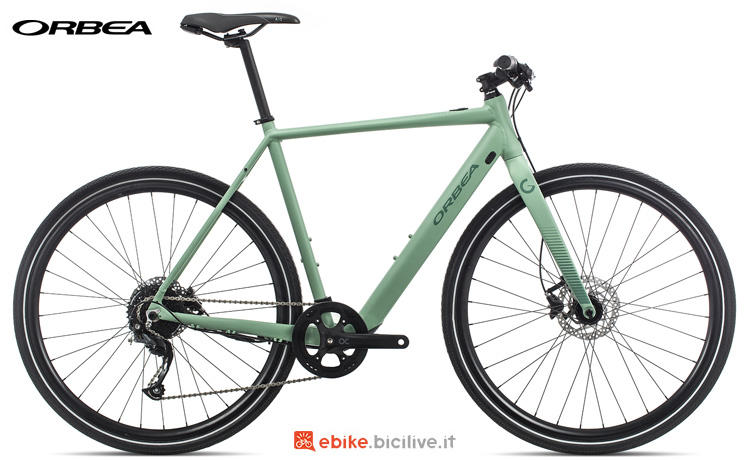 Una bici elettrica economica Orbea Gain F40