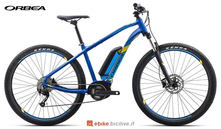 Una bici a pedalata assistita Orbea Keram 29 30 19