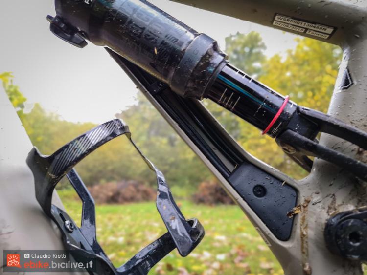 foto del passaggio cavi della turbo levo