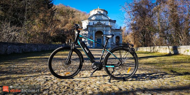 foto della Italwin Trail Advanced sulla salita che porta al Sacro Monte di Varese.
