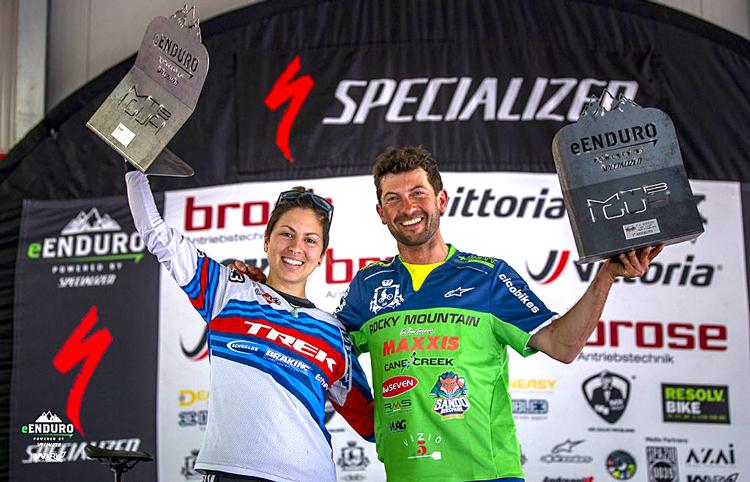 Vincono la gara di e-enduro di Pogno: I vincitori Davide Sottocornola del Cicobikes DSB Non Solo fango e Alia Marcellini del Cingolani-Trek Team