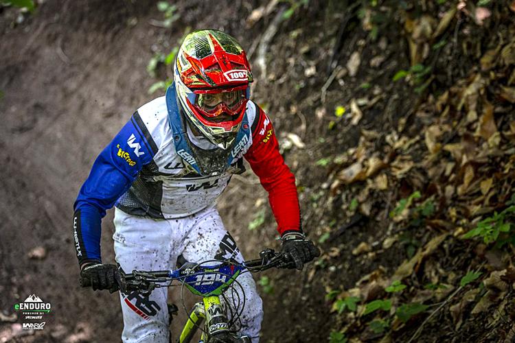 Terza tappa del campionatoe-Enduro a Pogno i biker hanno gareggiato sotto la pioggia