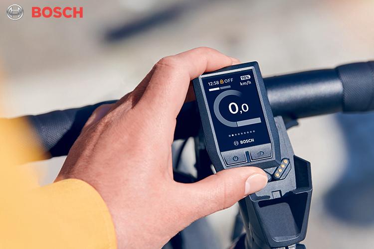 Un ciclocomputer Bosch su cui è installato il nuovo software antituning 2020