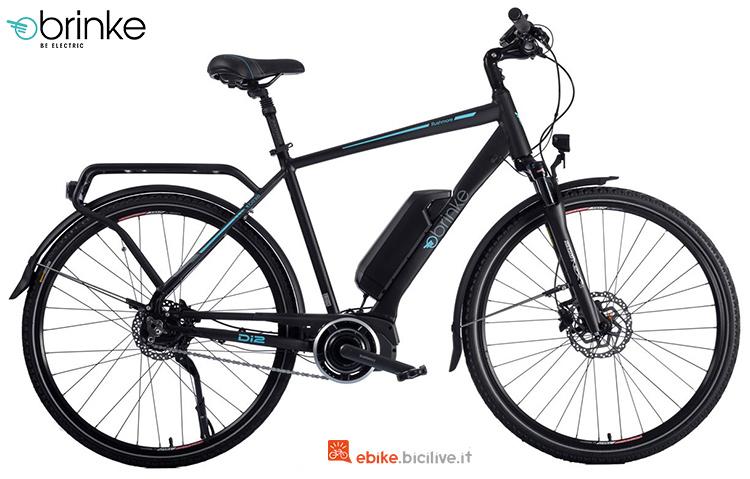Una bici elettrica da trekking Brinke Rushmore 2 Di2 Sport cambio automatico