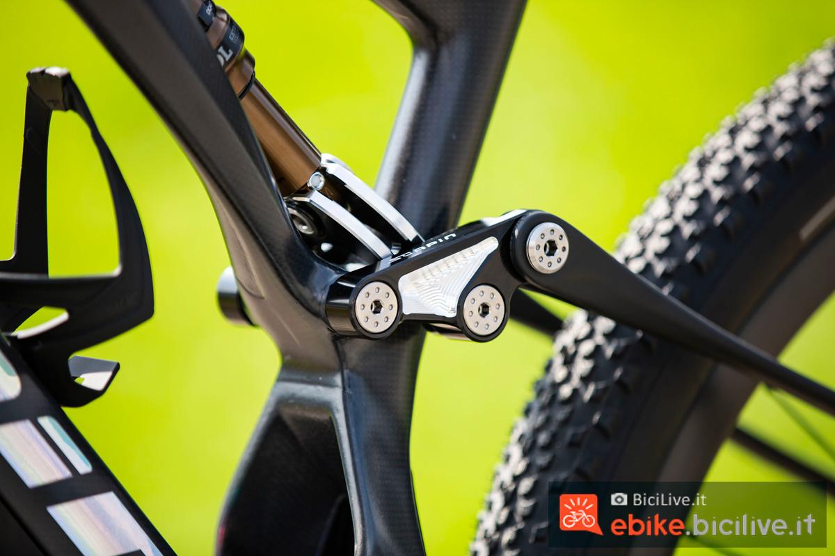 Il sistema di sospensione della mtb a pedalata assistita Scapin E-Bone XR 2020