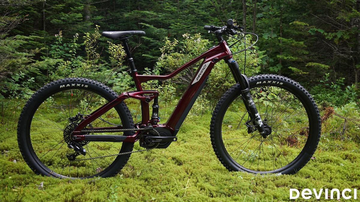 Una mtb elettrica entry level Devinci EP gamma 2020