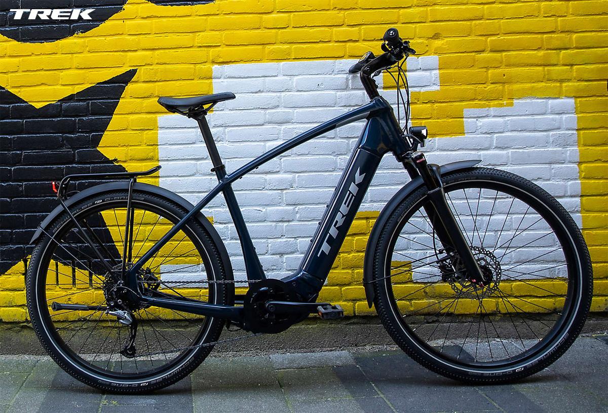 Una bici elettrica Trek Allant+ 7.7