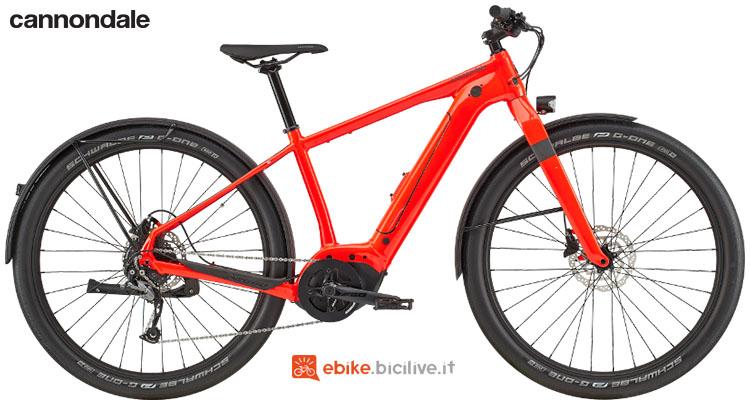 Una bicicletta a pedalata assistita Cannondale Canvas Neo 2 gamma 2020