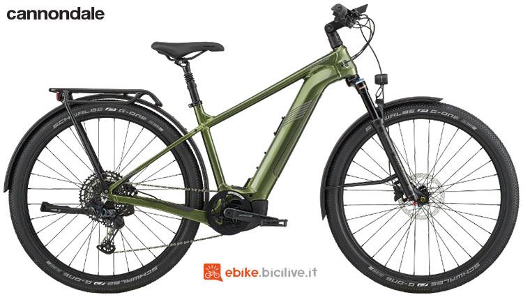 Una e-bike da città e trekking Cannondale Tesoro Neo X 1
